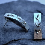 Hand made contemporay earrings in sterling silver and gold with gemstones: creeping vine